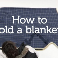 How to fold a horse blanket_thumb